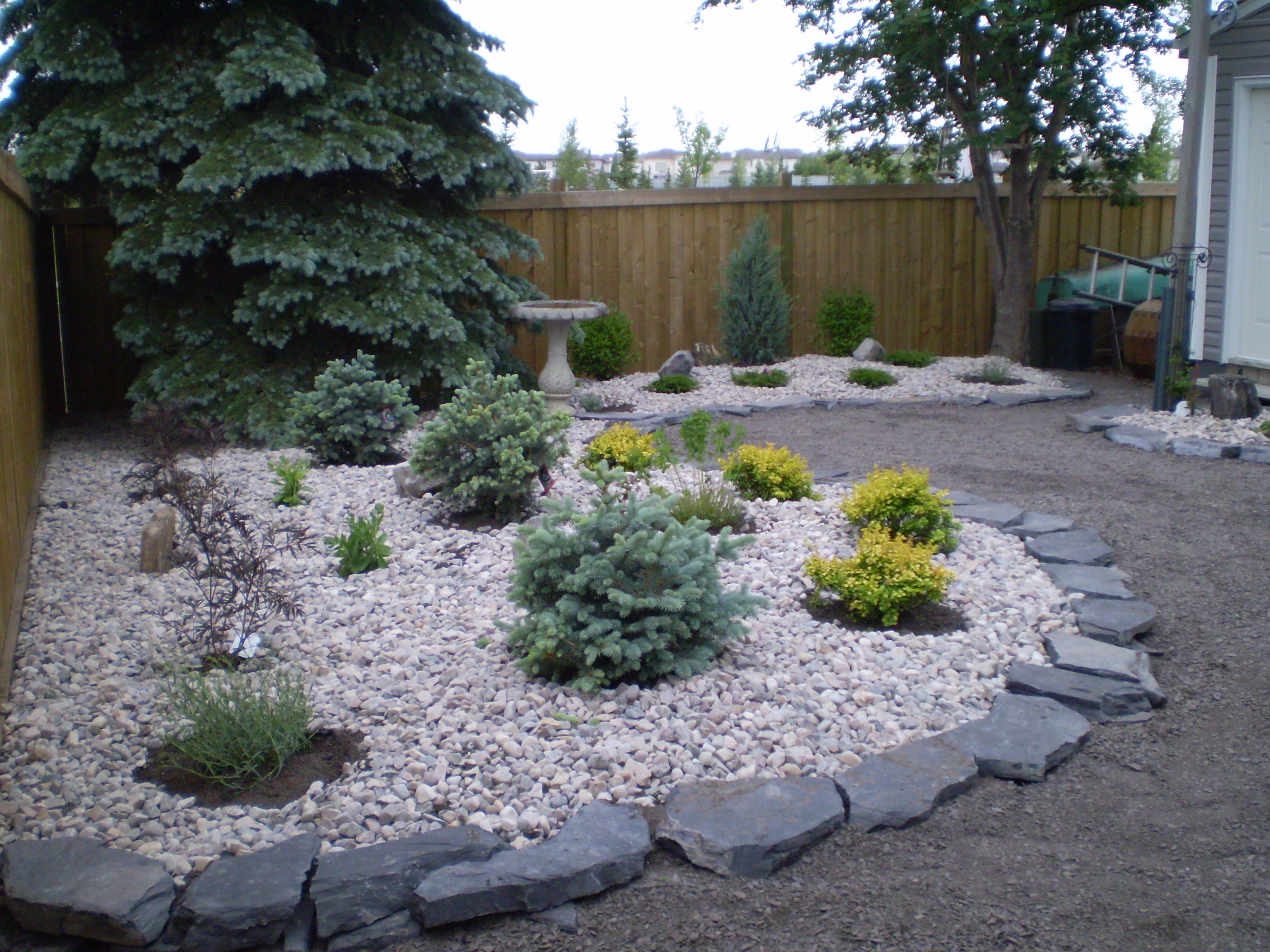 Low maintenance landscaping xeriscaping whitemud for Easy care front gardens